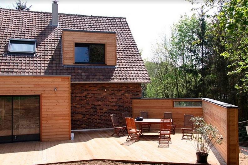 Construction d'une terrasse tout en bois - Defi Énergies - Constructeur de maison en ossature bois